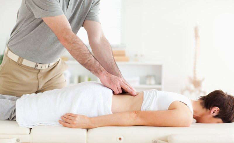 Porqué deberías visitar a un quiropráctico cuando tienes dolor de espalda
