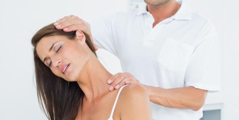 ¿es bueno crujirse el cuello?