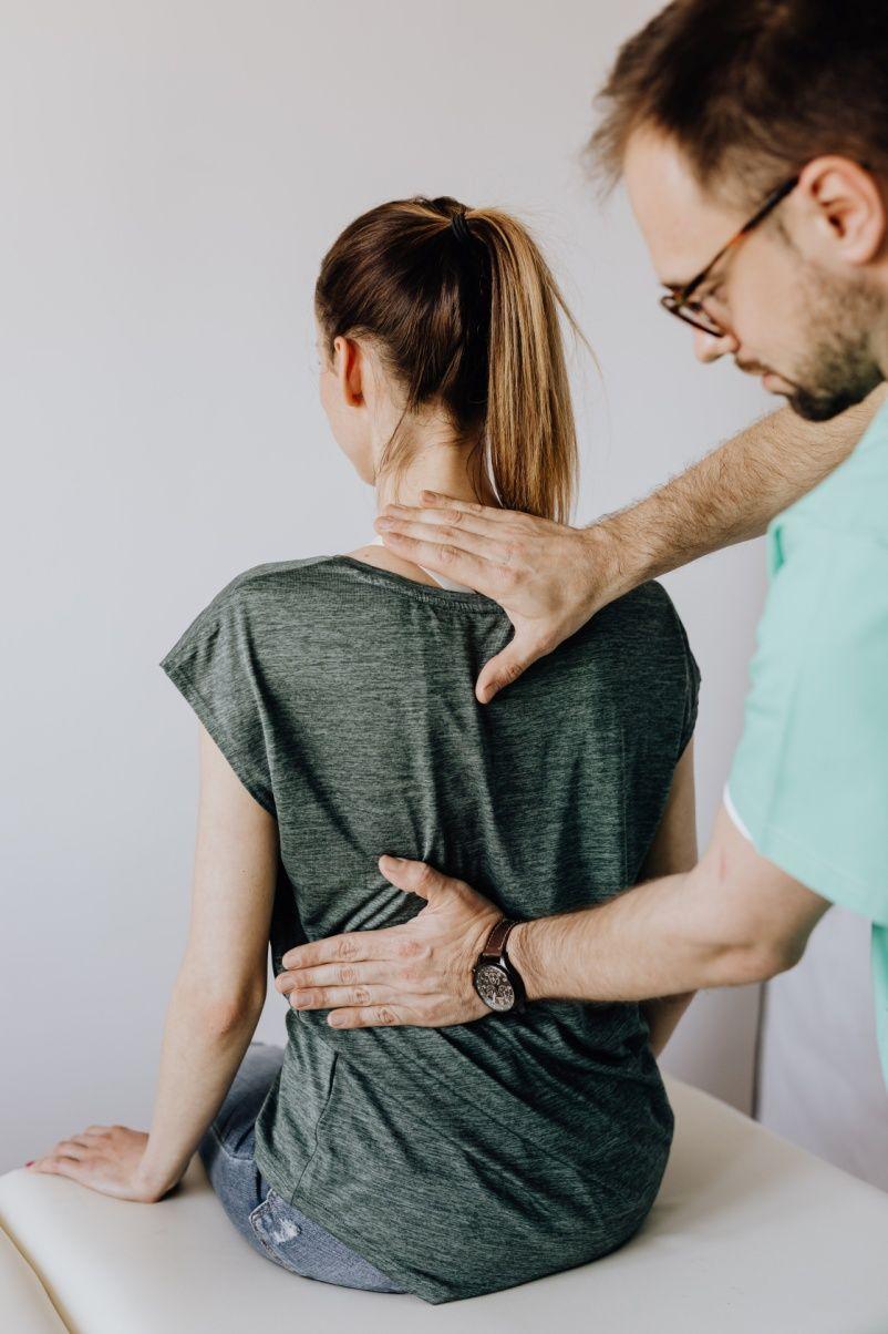 Diferencias quiropráctica y osteopatía